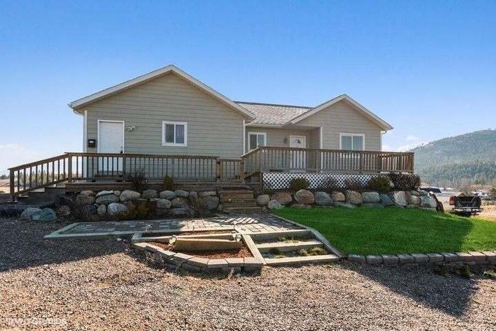 115 Good Country Road, Kalispell, MT 59901