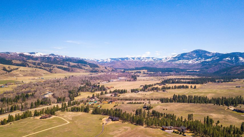 344 Six Point Lane, Darby, MT 59829