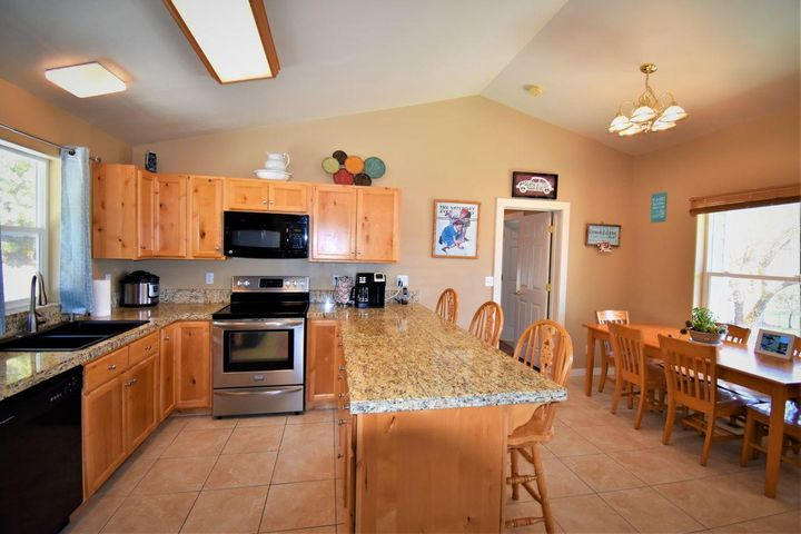94 Old Alhambra Road, Clancy, MT 59634