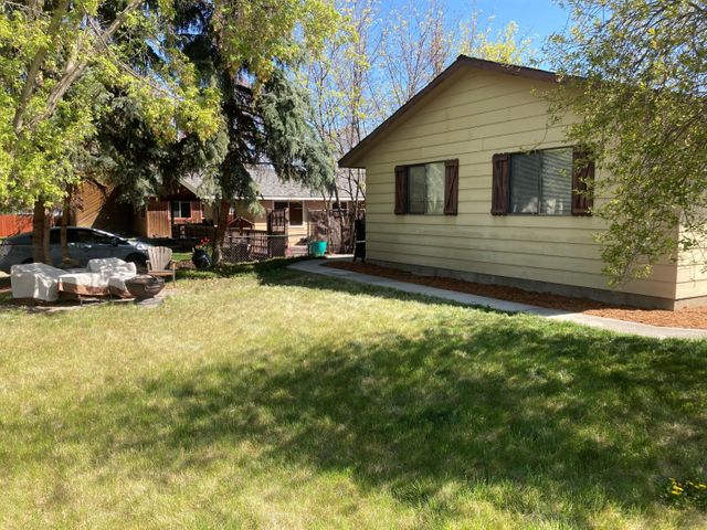 600 North 5th Street, Hamilton, MT 59840