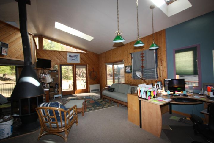 8880& 8888 Sleeman Creek Road, Lolo, MT 59847