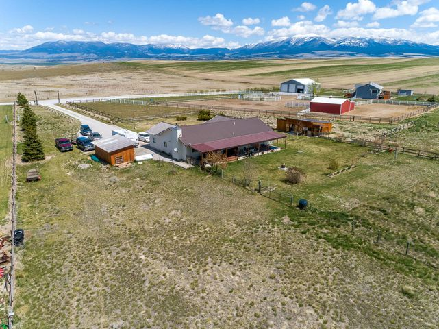 46 Broadwater Road, Townsend, MT 59644