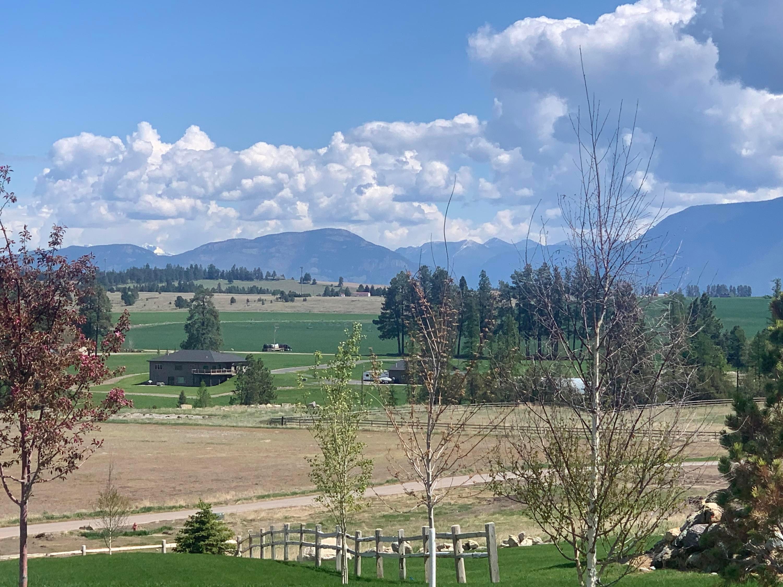 755 Harvest View Lane, Kalispell, MT 59901