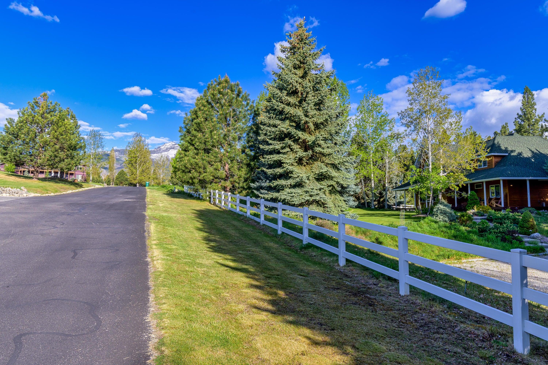 108 Freedom Road, Hamilton, MT 59840