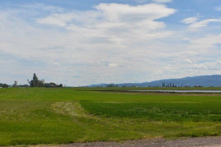 2883 Lower Valley Road, Kalispell, MT 59901
