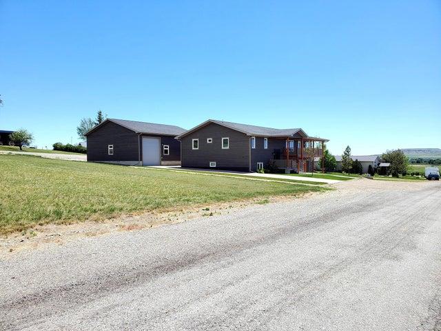 207 12th North East Avenue, Choteau, MT 59422