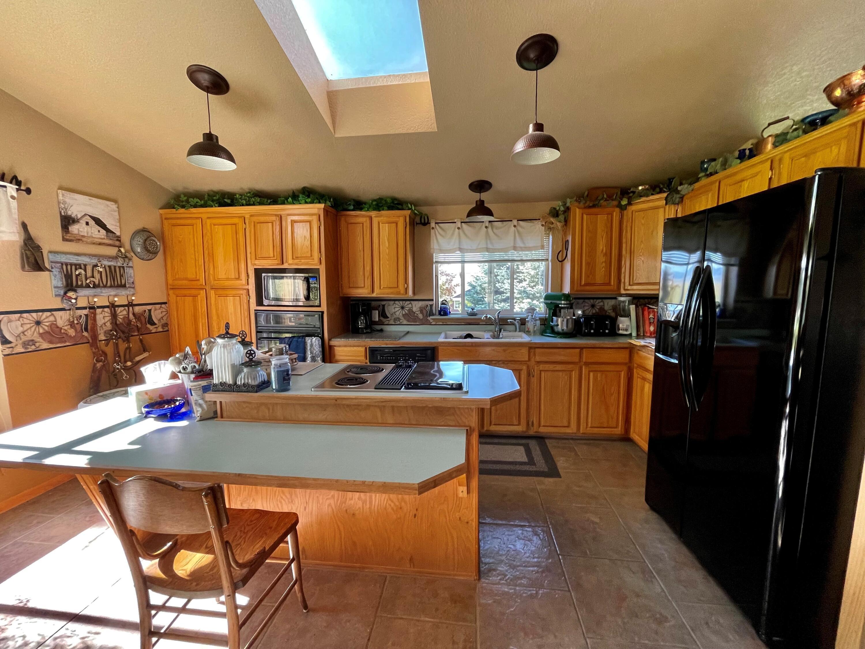 407 East Garfield Street, White Sulphur Springs, MT 59645