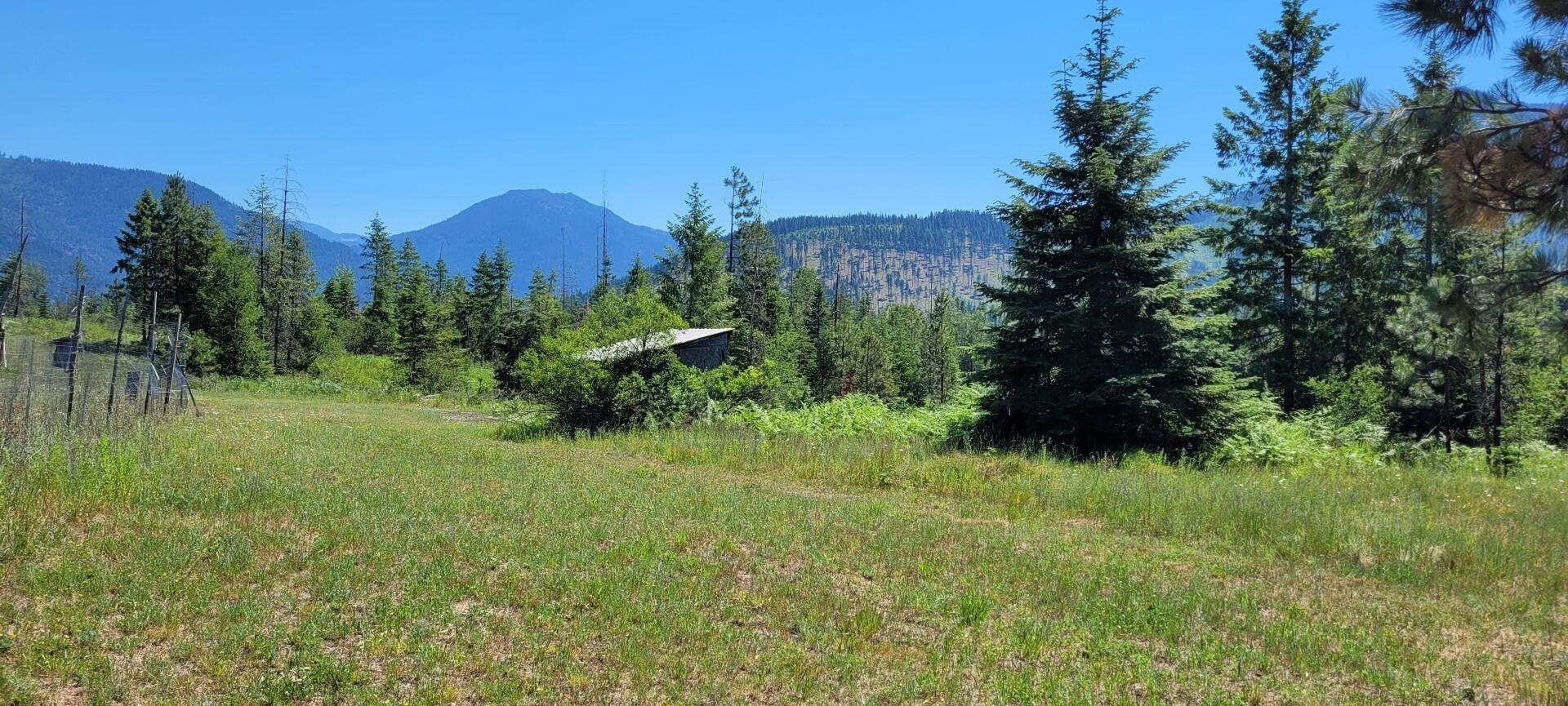 271 Upper River Road, Heron, MT 59844