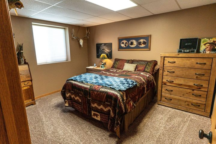 439 Clarence Street, Bainville, MT 59212