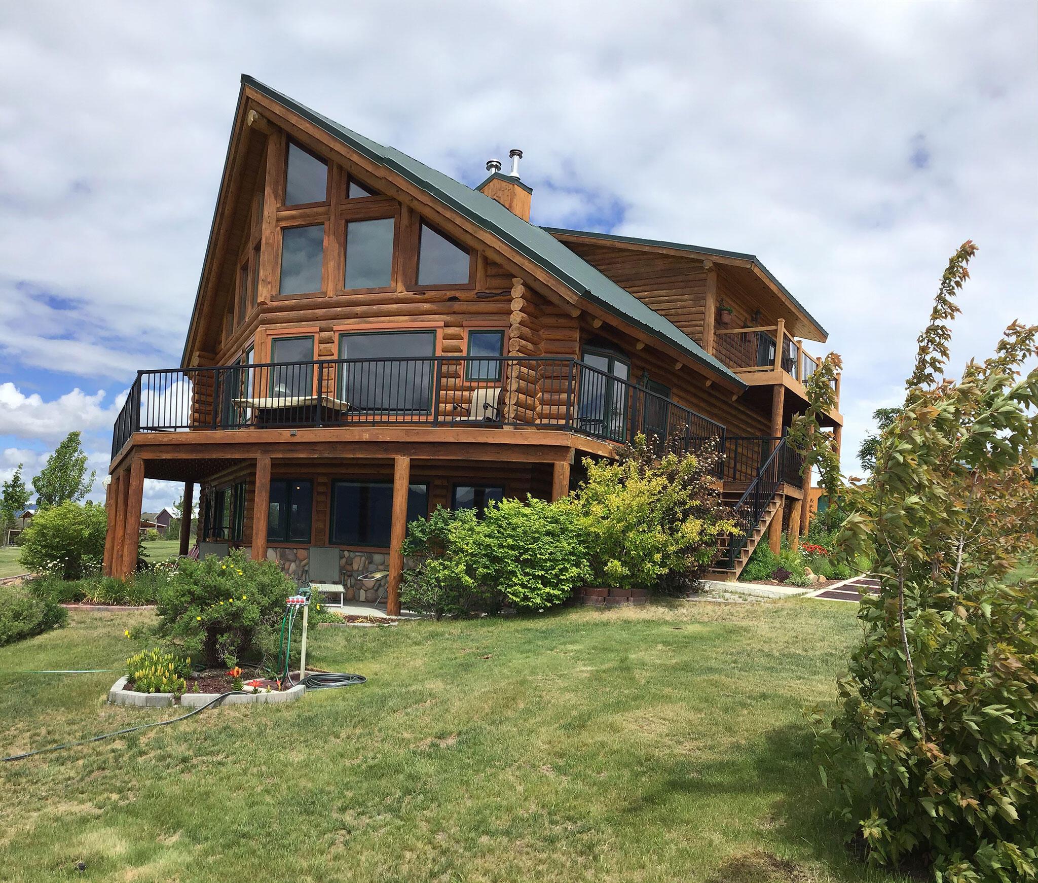 379 Bear Cub Lane, Stevensville, MT 59870