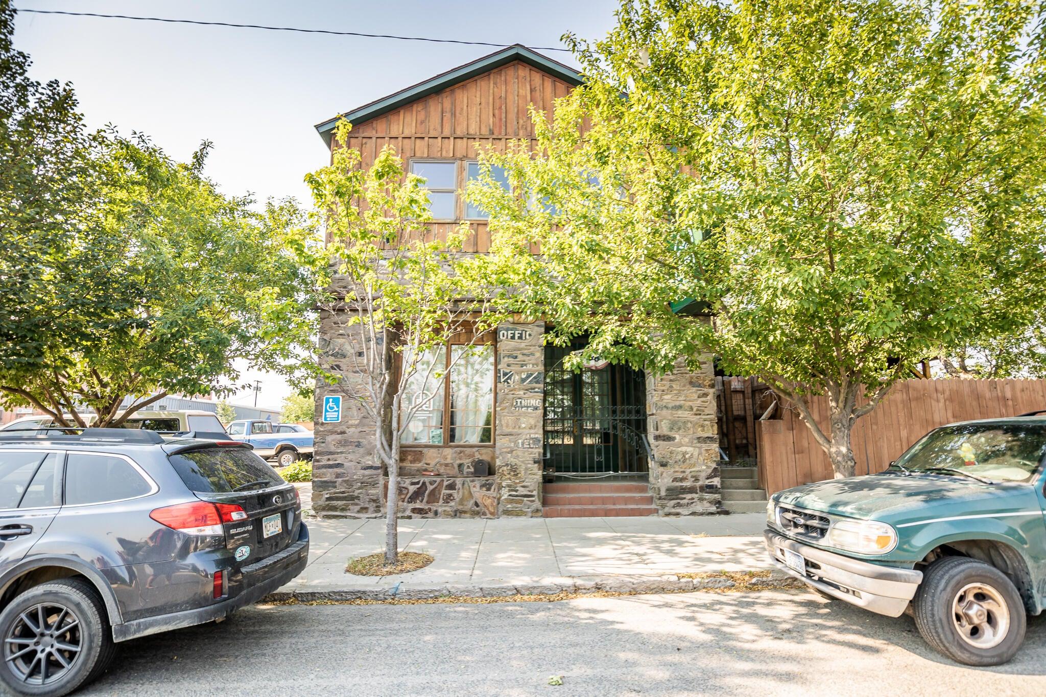 1229 East Lyndale Avenue, Helena, MT 59601