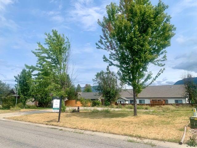 1815 8th West Avenue, Columbia Falls, MT 59912