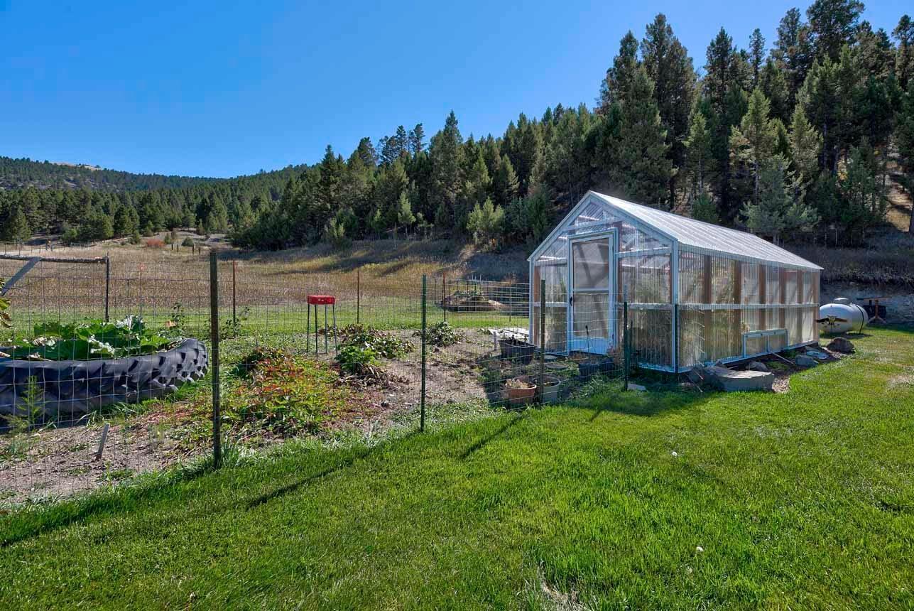 1375 Blackfoot Road, Garrison, MT 59731