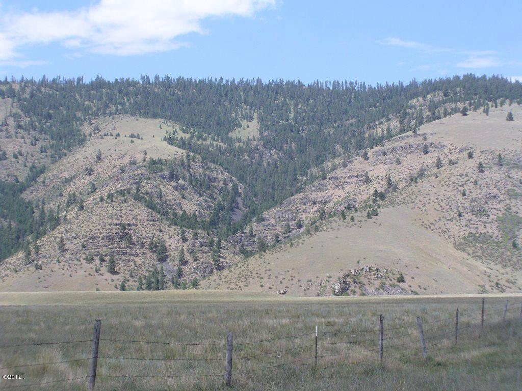 Nhn Mt Highway 28, Niarada, MT 59845