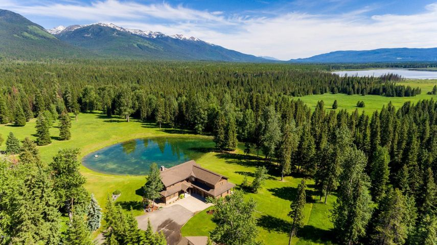 190 Black Bear Lane, Bigfork, MT 59911