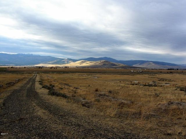 Nhn Prongua Road, Hot Springs, MT 59845