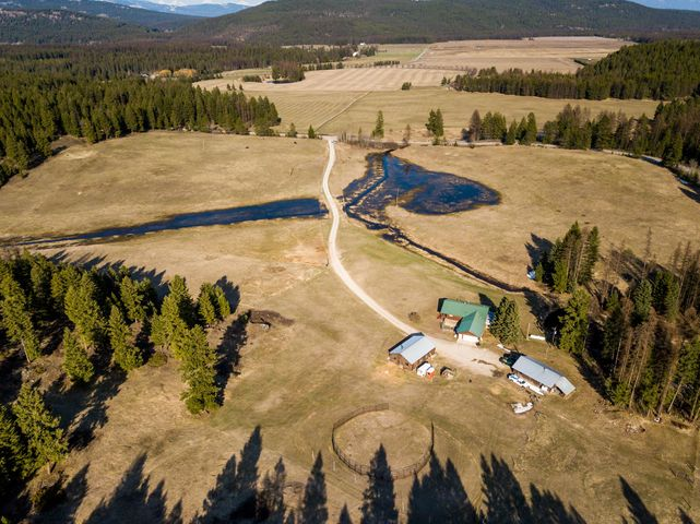 6280 Farm To Market Road, Whitefish, MT 59937