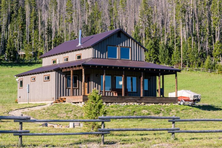 16 Fox Trail Way, Anaconda, MT 59711