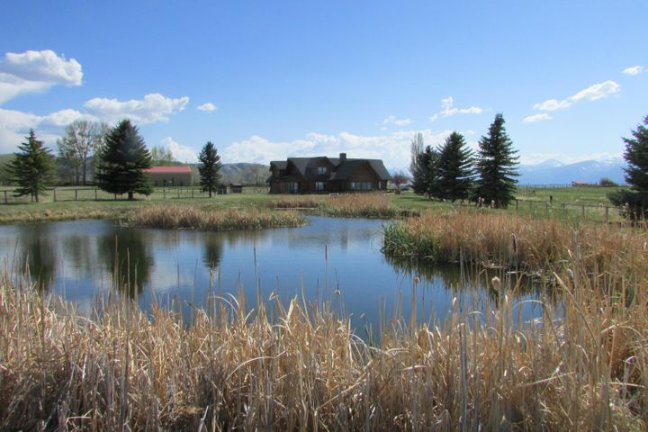 1288 Golf Course Road, Hamilton, MT 59840
