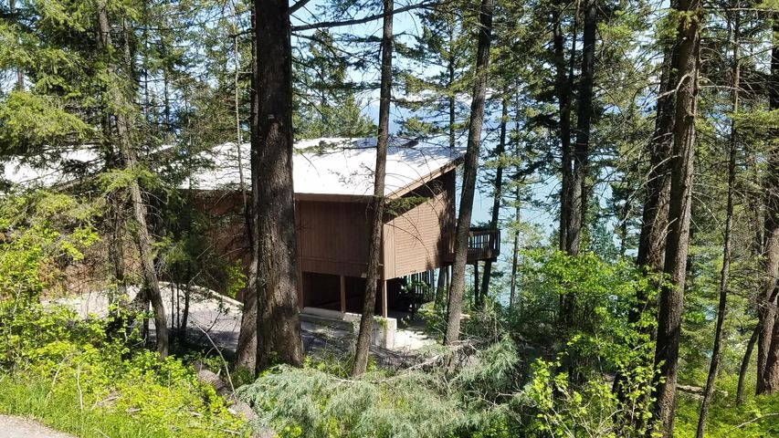 869 Angel Point Road, Lakeside, MT 59922