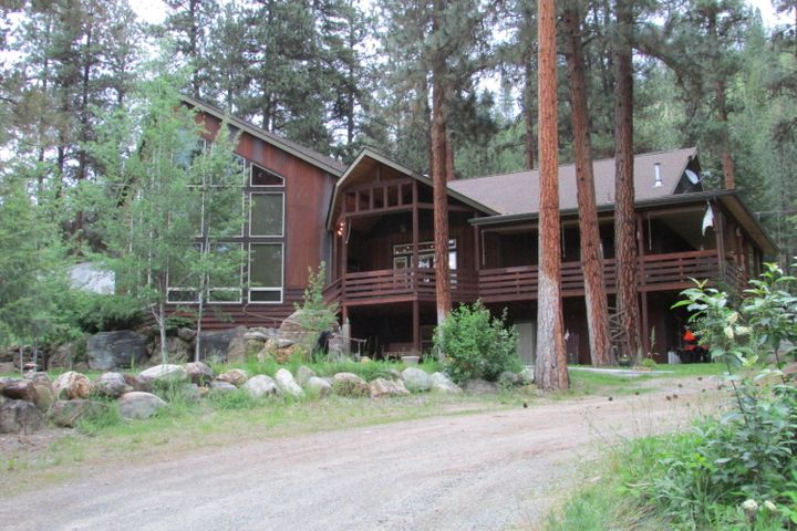 11073 Mullan Road E, Superior, MT 59872
