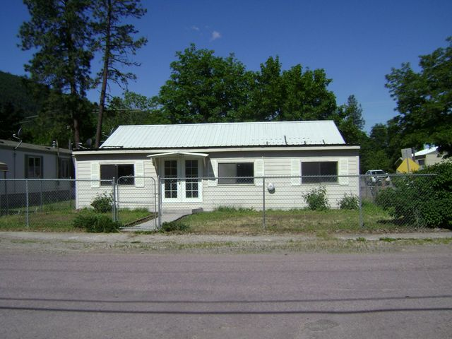 401 Maple Street, Superior, MT 59872