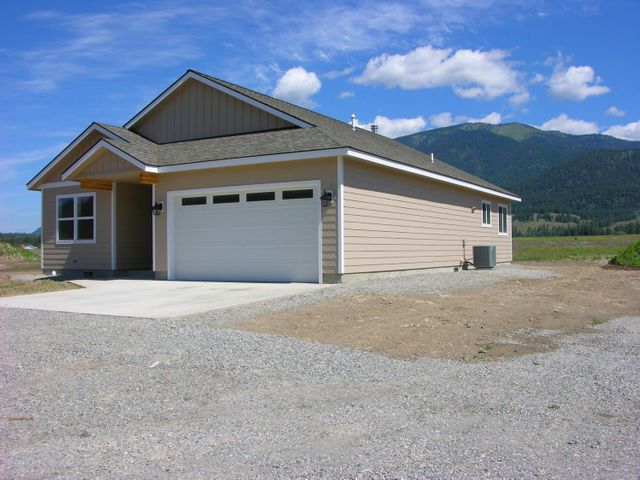 15 Moccasin Lane, Thompson Falls, MT 59873