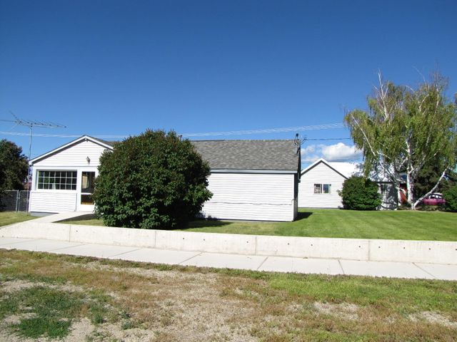 1112 Kentucky Street, Deer Lodge, MT 59722