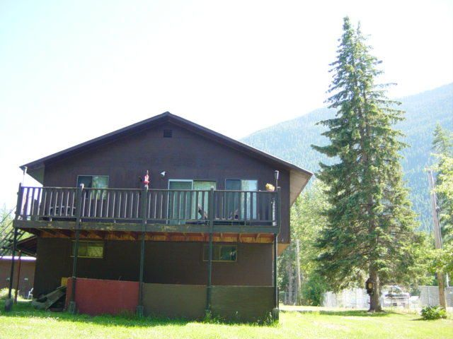 199 8th Street W, Hungry Horse, MT 59919