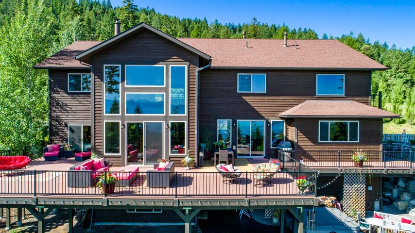 1074 High Point Lane, Lakeside, MT 59922