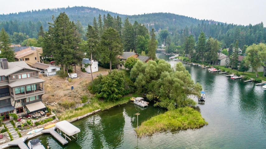 428&448 Electric Avenue, Bigfork, MT 59911