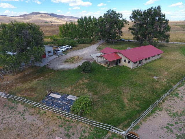 41721 Gallagher Lane, Charlo, MT 59824