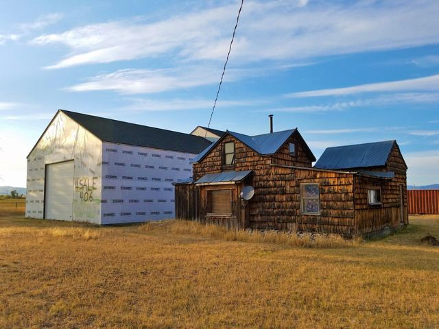 51 Farm To Market Road E, Hall, MT 59837