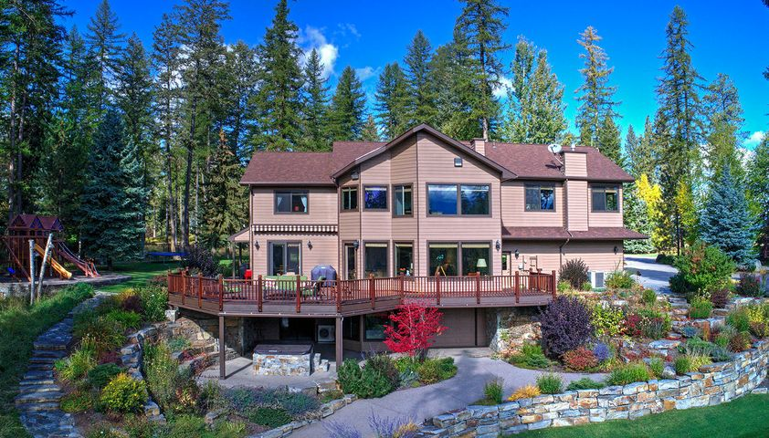 3154 Parkwood Lane, Bigfork, MT 59911