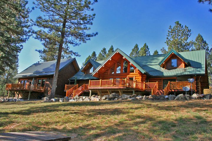 126 Steamboat Way E, Thompson Falls, MT 59873