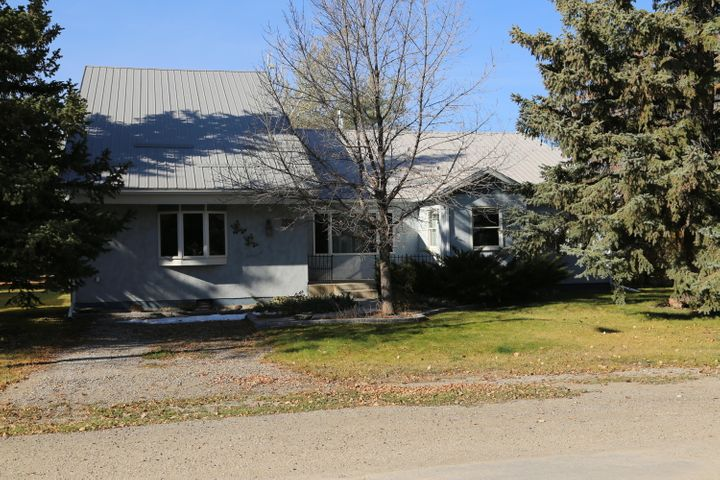 712 Montana Street, Valier, MT 59486