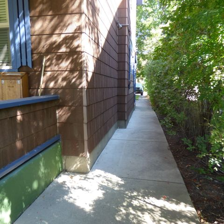 422 W Spruce Street