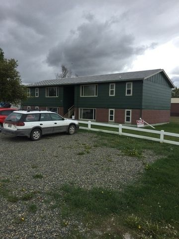 413 N Cherry Street, Townsend, MT 59644