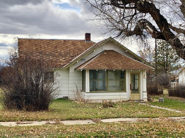 208 Bower Street, Denton, MT 59430