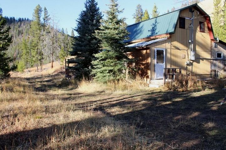 5570 Stemple Pass Road, Lincoln, MT 59639