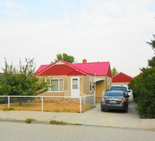 330 2nd Avenue S E, Cut Bank, MT 59427