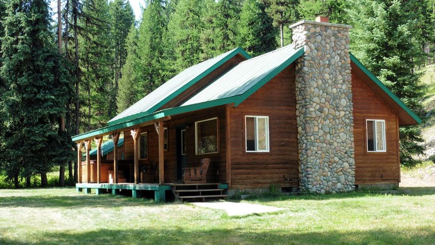 29657 Yaak River Road, Yaak, MT 59935
