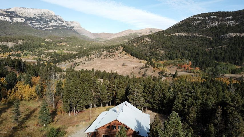 5273 Dearborn Canyon Road, Augusta, MT 59410
