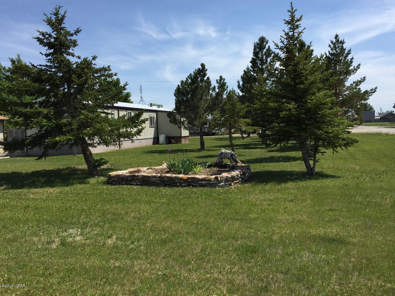 104 Ponoka Avenue, Valier, MT 59486