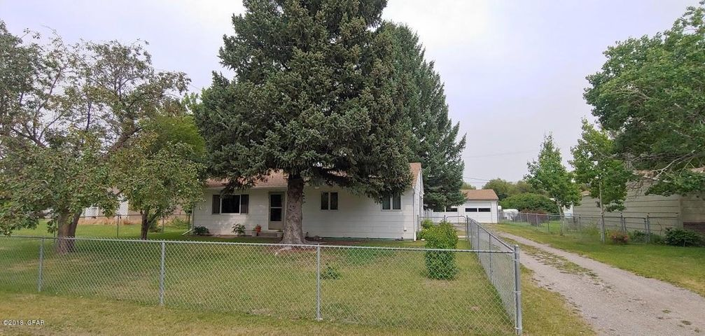 313, 5TH AVE NE, Choteau, MT 59422