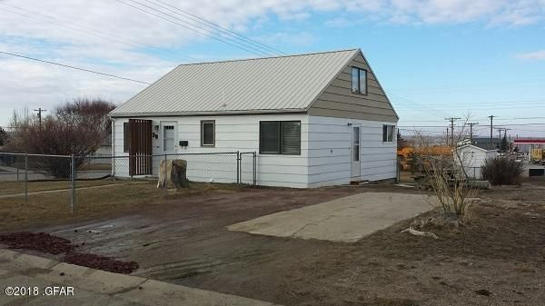 38 4th Avenue S W, Cut Bank, MT 59427