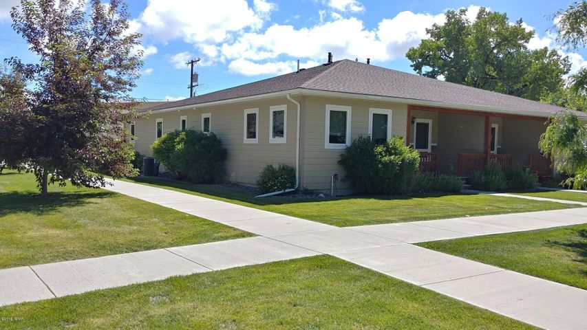 111 2ND AVE NW, Choteau, MT 59422