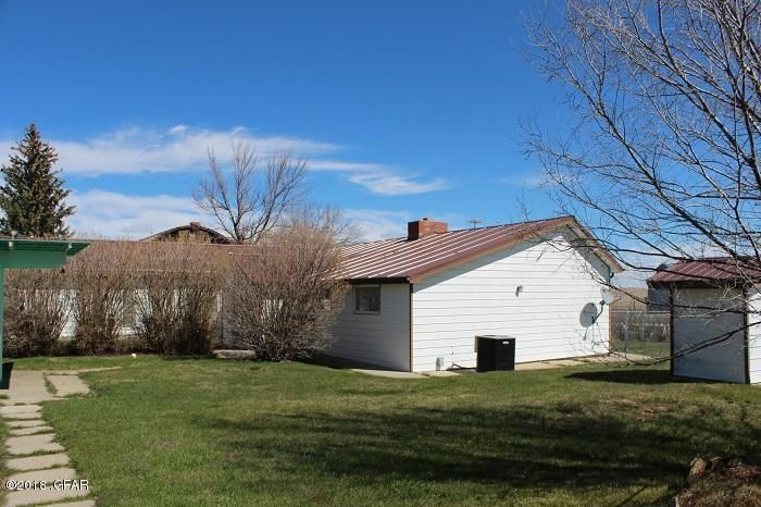 314 1st Street, Sweet Grass, MT 59484