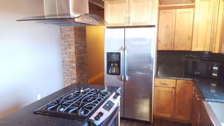 417 Central Ave Avenue 502, Great Falls, MT 59401