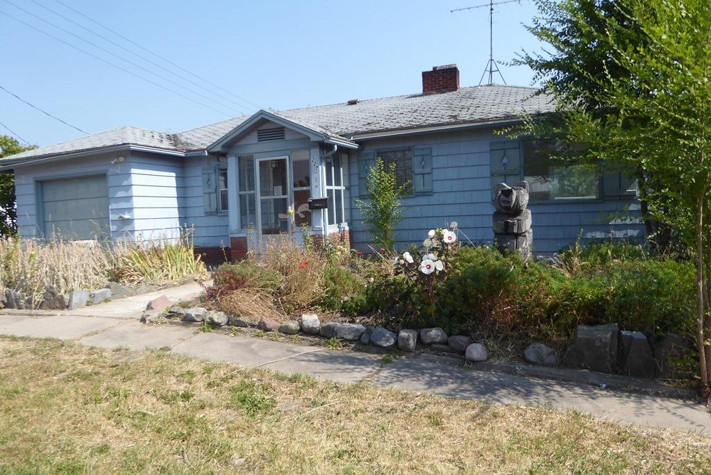 220 3rd Avenue S W, Ronan, MT 59864